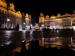Stary Rynek Poznania nocą
