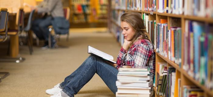 W bibliotece